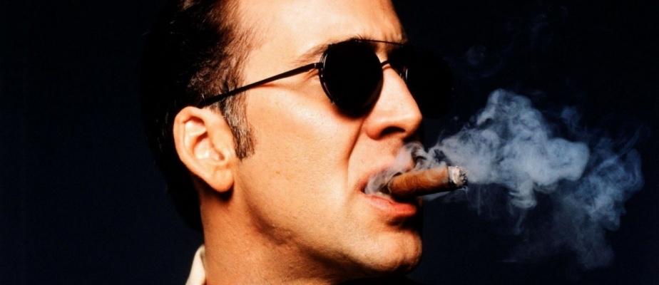 Картинки по запросу мужчина курит сигару