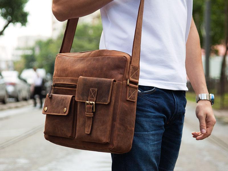 721a52fa2967 Сумка для документов мужская является стильным и практичным кожаным ...