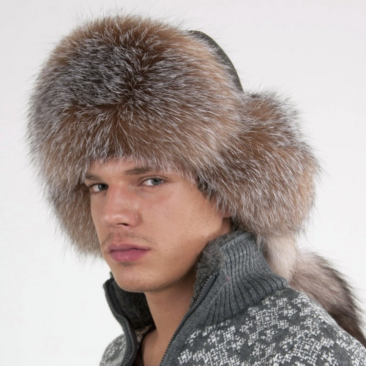 Вязаные шапки из меха для мужчин – тепло и красиво d713800d1bf14